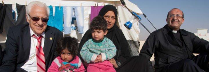 """Padre Angel: """"El Papa va a llevar dignidad a los refugiados, a los que sufren la persecución y la guerra. Dios les manda a su mejor portavoz"""""""