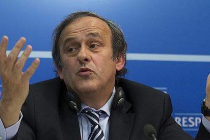 UEFA clausura dos sectores del Estadio Santiago Bernabéu por una bandera nazi