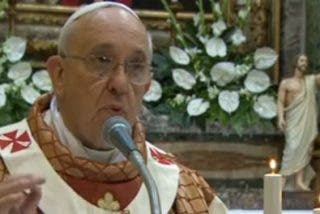 "Bergoglio: ""Sed testigos de la esperanza de Cristo, encontrad al caminante resucitado"""