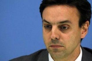 Dimite el jefe de los Mossos, Manel Prat, acosado por las críticas y culpable de incompetencia