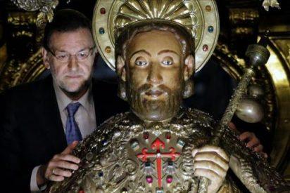 Rajoy muestra Compostela a Abe