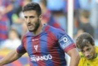 Getafe, Rayo y Celta quieren a Raúl Navas