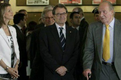El Rey evita hablar del debate soberanista en su visita a Cataluña