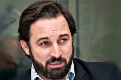 Santiago Abascal, líder de Vox, ajusta cuentas con el Grupo PRISA y un periodista 'marianista'
