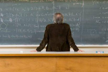 La universidad extremeña dice que no puede pagar a los maestros por ser tutores de sus alumnos