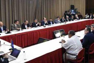 La oposición venezolana explica al nuncio y a Unasur las razones del fin de las conversaciones de paz