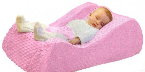 La venta de un reclinador infantil 'mata bebés' dispara todas las alarmas