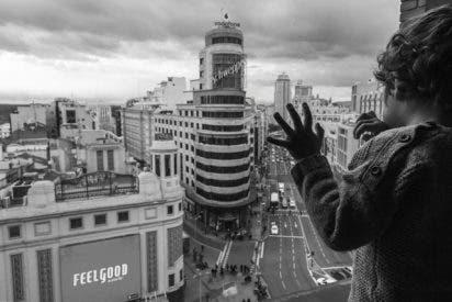 González entrega el VII Premio de fotografía periodística de la Comunidad de Madrid