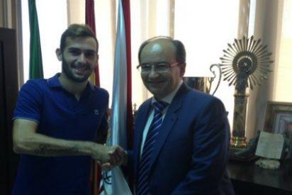 El Sevilla hace oficial el fichaje de Vidal