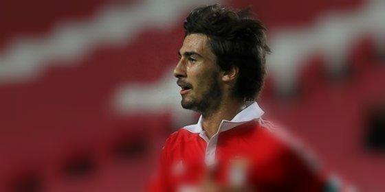 O al Valencia o se queda en el Benfica