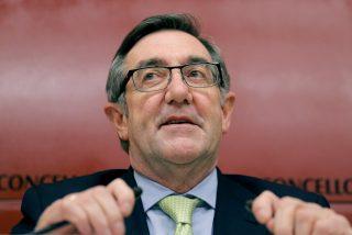 El 'corrupto' Ángel Currás dimite como alcalde de Santiago presionado con Núñez Feijoo