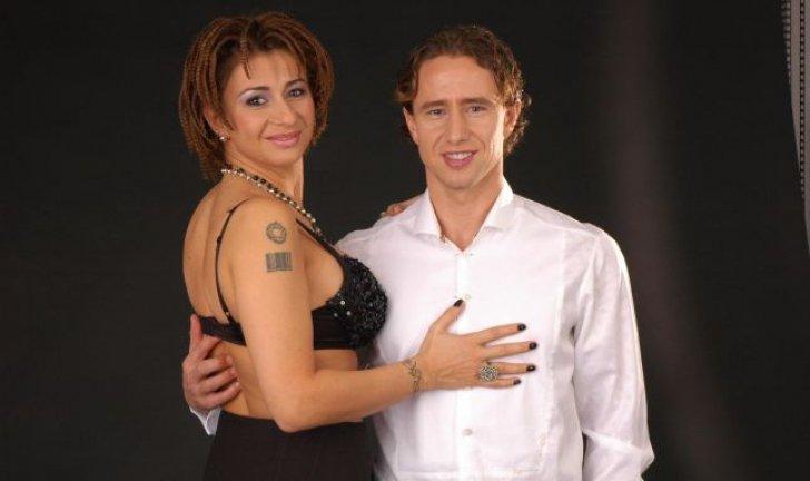 El entrenador del Steaua de Bucarest, vilependiado en Arabia Saudita por ser marido de una tatuada modelo Playboy