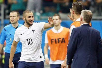 Karim Benzema da un recital y Francia deja claro que aspira a mucho en este Mundial