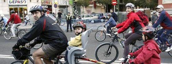 Francia pagará a los ciudadanos 'sensatos' que vayan a trabajar en bicicleta