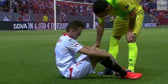 Twittea para despedirse del Sevilla y para agradecer al Villarreal la oportunidad