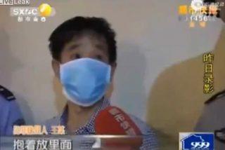 El vídeo del novio despechado que secuestra y mete a su novia en una maleta en un hotel