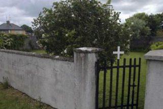 La fosa con 800 cuerpos de niños del convento irlandés podría albergar también a algunas de sus madres