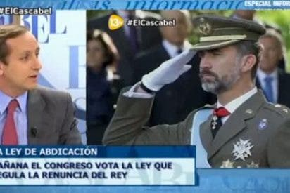 """Carlos Cuesta sobre la vestimenta de Felipe VI en su coronación: """"No entiendo a los que ven a un militar y creen que es un golpista"""""""