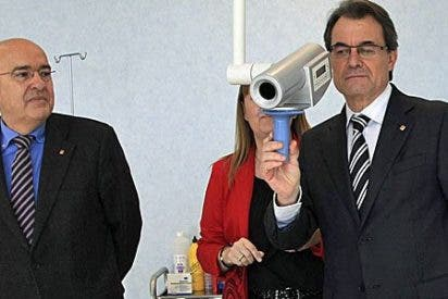 Artur Mas en persona, en la destrucción de la sanidad pública catalana