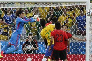 El Brasil de Neymar se estrella contra el México de Ochoa y sus 10 cuates