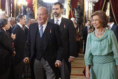 El Gobierno aprueba el real decreto que otorga a Don Juan Carlos y Doña Sofía el título de reyes tras la abdicación