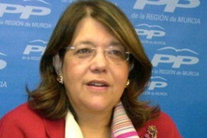 La casta se retrata: 30.000 euros de dinero público para un retrato de Elvira Rodríguez
