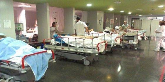 Si enferma en Baleares mejor se lleva un colchón al hospital: ¡dan de baja a 300 camas y aquí paz y después gloria!