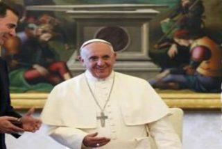 Felipe VI explica al papa Francisco el relevo en la Corona y espera que visite España