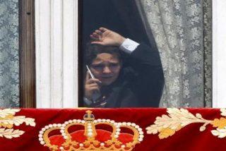 ¿Con quién diantres habla un atribulado Froilán tras las cortinas del Palacio Real?