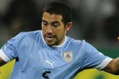 Aseguran que el Valencia quiere pescar en la selección uruguaya