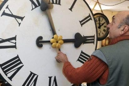 Nos pueden trastocar el huso horario en España a la primera de cambio