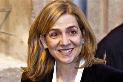 El riesgo de perder su trabajo en La Caixa hunde más a la Infanta Cristina