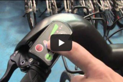 Cuelan un vídeo obsceno en las pantallas de alquiler de bicis de Madrid...¡y no hay forma de que lo pare nadie!