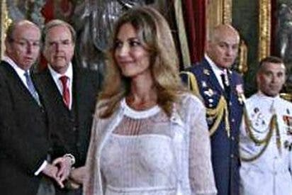 Bisbal, Froilán y Mariló protagonizan la anécdota en el salón del trono