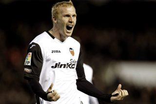 El Barça aprieta al Valencia por Mathieu