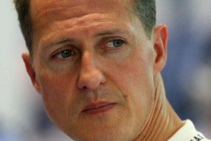 Schumacher sale del coma seis meses después