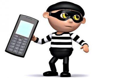 Acude al cuartelillo de la Guardia Civil a recuperar lo que le robaron en casa y acaba en el calabozo