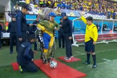 El vídeo que le ha costado el puesto al realizador del Mundial por 'regatear' a un niño