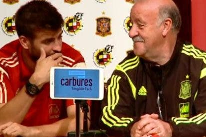Pillada monumental en 'La Roja': Piqué revela a Del Bosque la marcha de Cesc sin saber que los graban