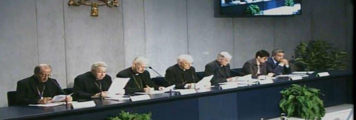 """Cardenal Baldisseri: """"Urge permitir a las personas heridas curarse y encontrar misericordia"""""""