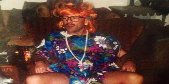 La foto de Bruce Willis vestido de mujer que levanta algo más que un revuelo de faldas