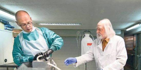 Un 'profesor chiflado' se va a congelar para que le resuciten como nuevo dentro de 150 años