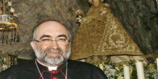 """Arzobispo de Oviedo: """"¡Dios salve al Rey!"""""""