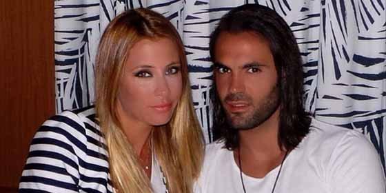 Tras casarse con una Miss España, presume de mujer en Twitter