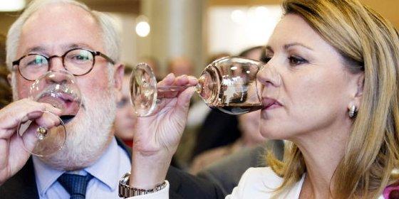 """Cospedal asegura que C-LM no puede admitir que una norma """"perjudique al vino"""""""
