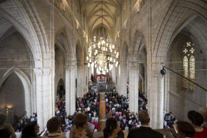 Reabre al culto la catedral de Santa María de Vitoria