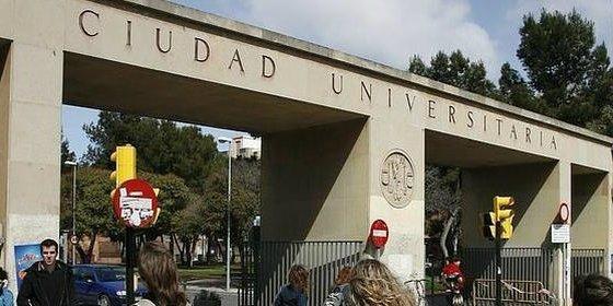 La Universidad de Zaragoza adapta la Selectividad a estudiantes con dislexia