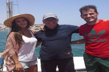 Iker apura sus vacaciones junto a Sara en Almería