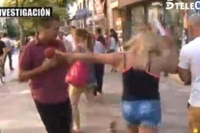 Un grupo de prostitutas agrede de manera brutal a un reportero de 'El programa del verano'