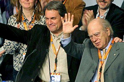 Jordi Pujol renuncia a la pensión, la oficina y sus cargos tratando de montar un cortafuegos a CiU